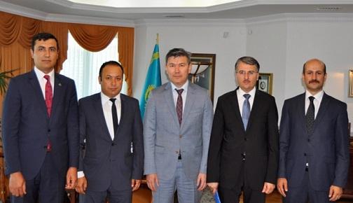 SASAM HEYETİ, KAZAKİSTAN'IN YENİ TÜRKİYE BÜYÜKELÇİSİNİ ZİYARET ETTİ