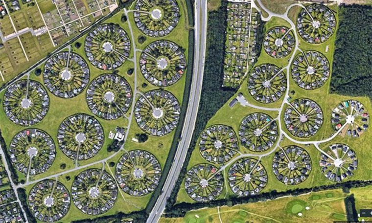 THE VILLAGE-TOWN PROJECT AS A SAMPLE SETTLEMENT MODEL IN THE ANTHROPOCENE PERIOD